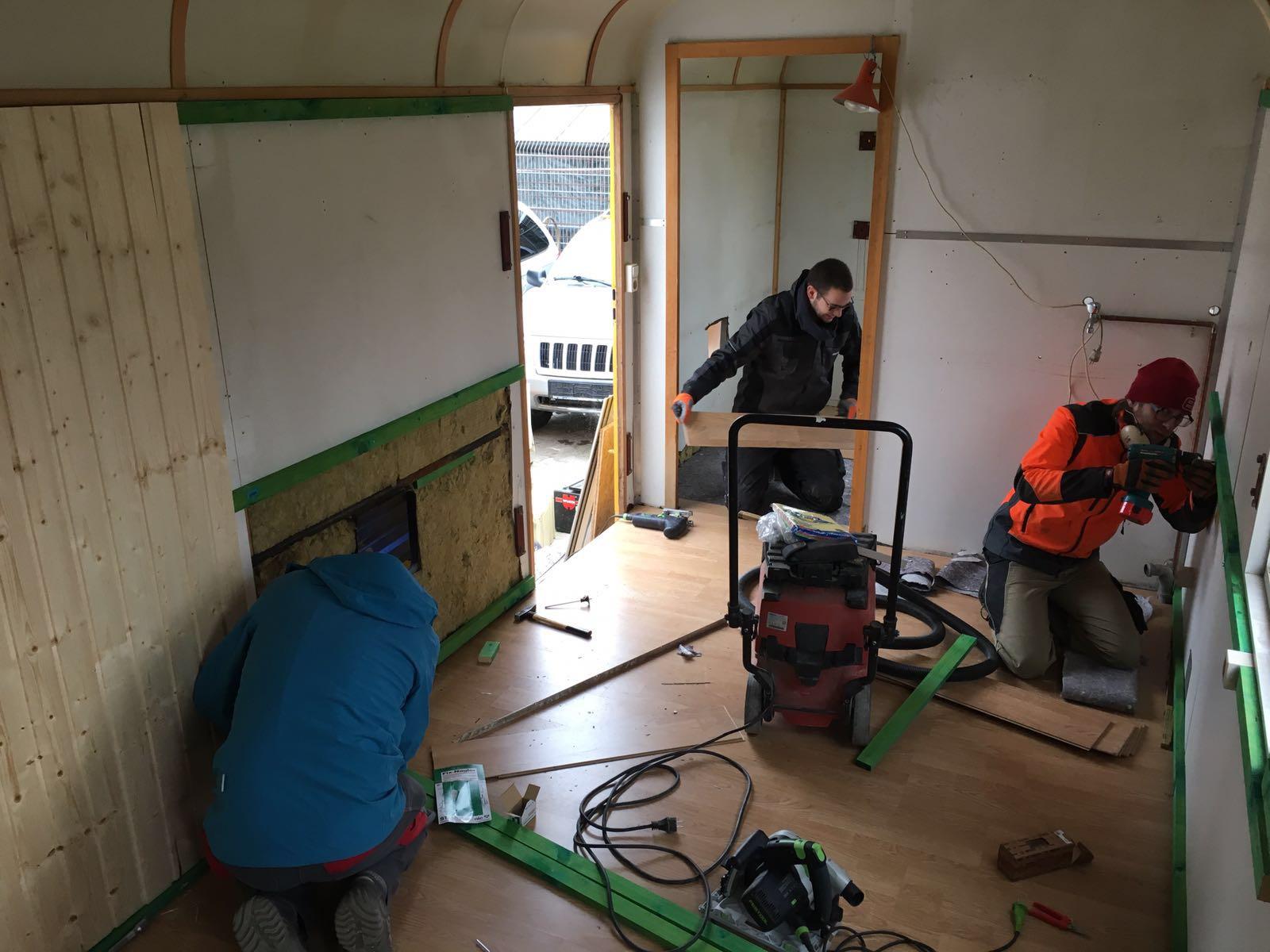 Bauwagen_Umbau_Arbeit1